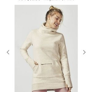 NWT Fabletics Zaylee pullover